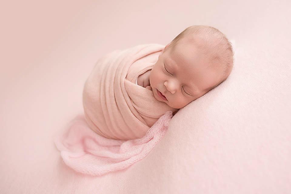Babyfotograf-in-Stuttgart-Leonberg-und-der-Region