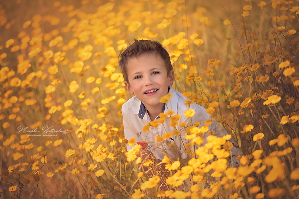 professionelle-kinderportraits-in-der-natur