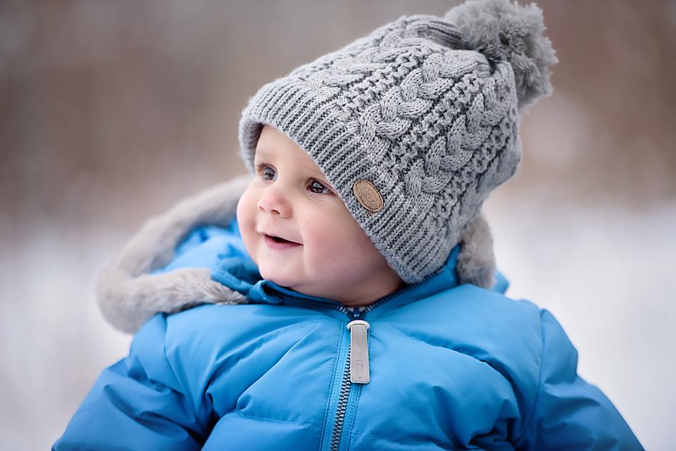 Familienshooting im Winter. Babyfotos im Schnee. Fotograf in Stuttgart